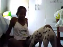 Amateur Webcam - Black teen with dog
