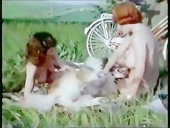 Vintage big animals knot a hot girls